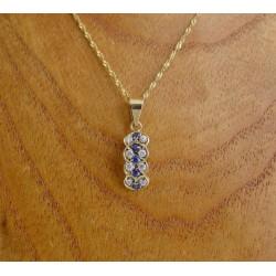 Hanger ~ ALICE Gouden 14 karaats hanger met witte en blauwe Zirconia