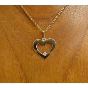 Hanger ~ LOVE Gouden 14 karaats hart hanger met diamant