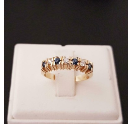 Ring ~ Gouden 14 karaats Ring met Saffieren en Diamanten