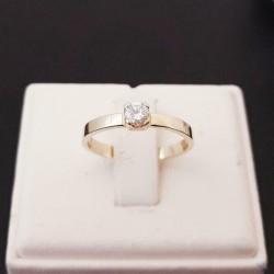 Gouden 14 karaats Soliter Ring met 1 Diamant
