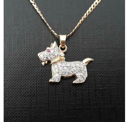 Hanger ~ Gouden 14 karaats Hond hanger met Robijn & Zirconia