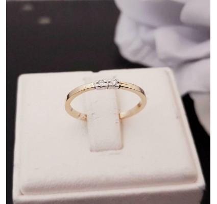 Ring ~ Gouden 14 karaats Rijring met 2 diamanten