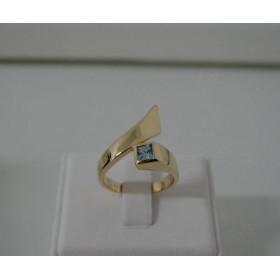 Ring ~ Gouden 14 karaats Design ring met Aquamarijn
