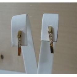 Oorbellen ~ Gouden 14 karaats Oorbellen met Diamant