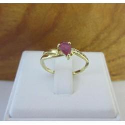 Ring ~ Gouden 18 karaats ring met robijn & Diamant