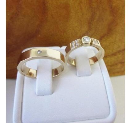 Trouwringen ~ VITTORIO Gouden (Roodgoud) 14 karaats trouwringen met Diamant ~ Ontwerp zelf