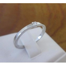 Ring ~ Witgouden 14 karaats Solitair Ring met Diamant