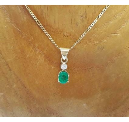 Hanger ~ Gouden 14 karaats hanger met Smaragd en Diamant