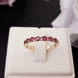Ring ~ ROSALYN Gouden 14 karaats Ring met Robijn