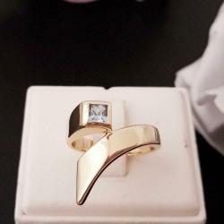 Ring ~ Gouden 14 karaats Ring met Topaas
