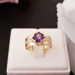 Ring ~ SOPHIA Gouden 14 karaats Ring met Amethist en Diamanten