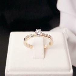 Ring ~ DIOR Gouden 14 karaats 'Rijring Soliter' met Diamant