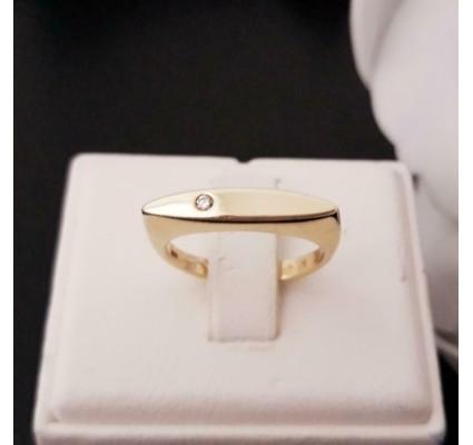 Ring ~ Gouden 14 karaats Graveerplaat Ring met Diamant