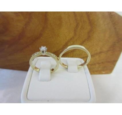 Trouwringen ~ BRILLANCE Gouden 14 karaats Bicolor trouwringen met Diamant