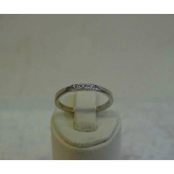 Ring ~ Witgouden 14 karaats Ring met 3 Diamanten